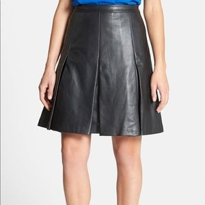 Classifies Entier Leather Pleat Skirt